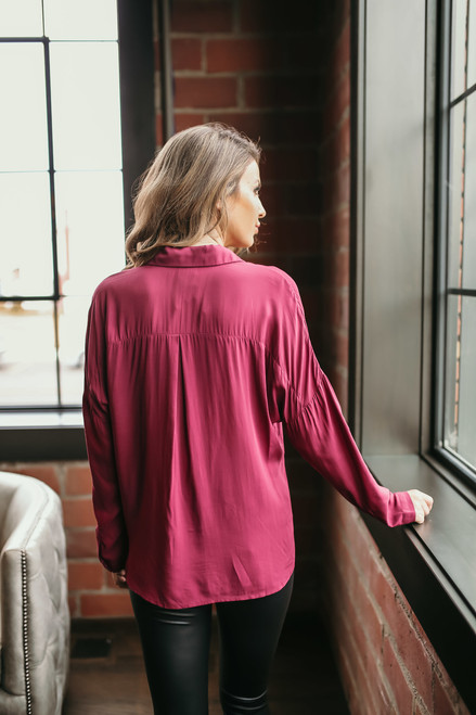 Button Down Twisted Hem Top - Burgundy