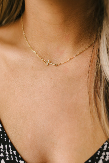 Dainty Cross Necklace - Gold