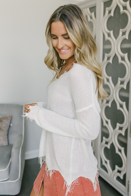 V-Neck Frayed Lightweight Sweater - Ivory