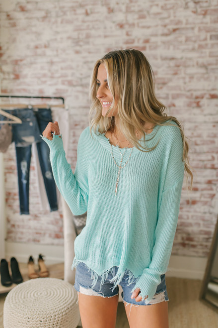V-Neck Frayed Lightweight Sweater - Mint