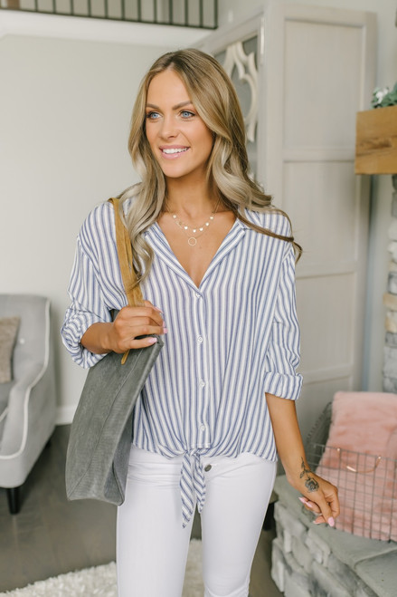 Hilarie Button Down Knot Top - White/Blue