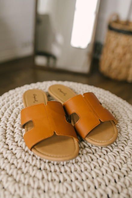 Lighthouse Cove Slides - Cognac - FINAL SALE