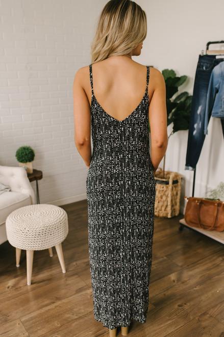 V-Neck Printed Pocket Maxi Dress - Black/White - FINAL SALE