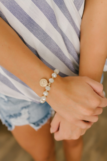 Capri Coin Detail Beaded Bracelet - Natural