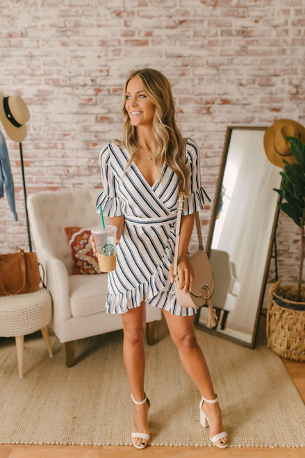 BB Dakota Visual Pursuit Striped Dress - Navy/White