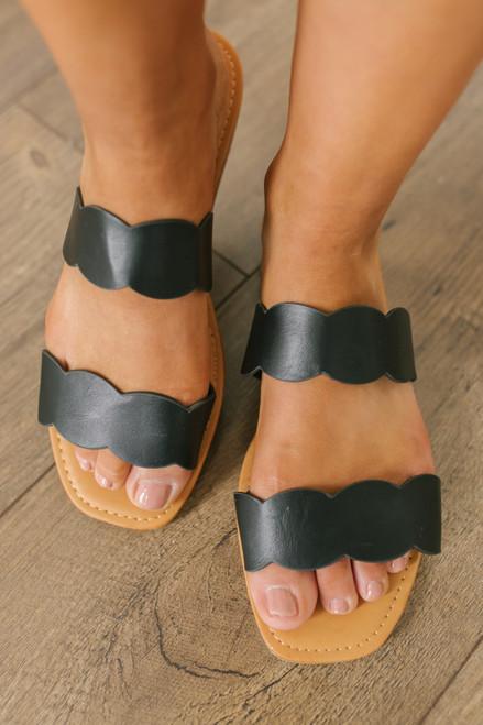 Seaside Cafe Scalloped Sandals - Black