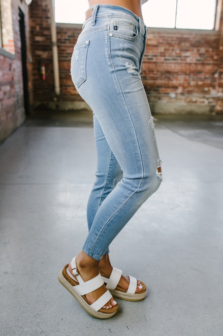 Pier Party Distressed Skinny Jeans - Light Wash