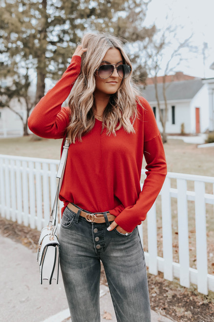 Lightweight V-Neck Rust Sweater
