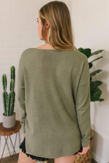 V-Neck Lightweight Waffle Sweater - Olive