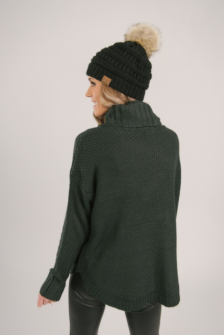 Turtleneck Cable Knit Sweater - Hunter Green