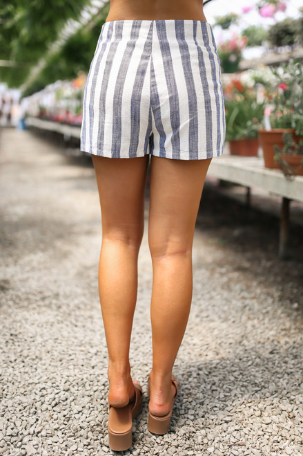 High Waisted Striped Linen Shorts - Navy/White