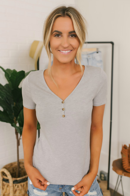 Everly Ribbed Knit Henley Tee - Heather Grey
