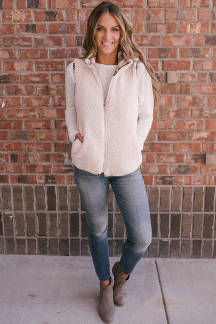Reversible Plaid Sherpa Vest - Taupe