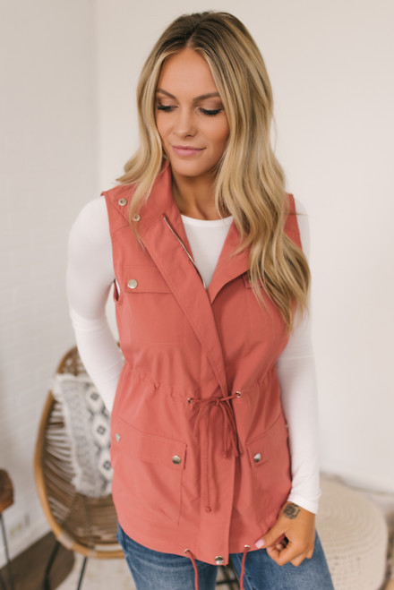 Valley Ridge Drawstring Cargo Vest - Salmon