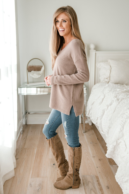 V-Neck Soft Sweater - Mocha