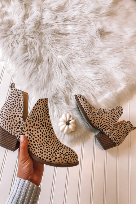 Chinese Laundry Caring Cheetah Booties - Nude