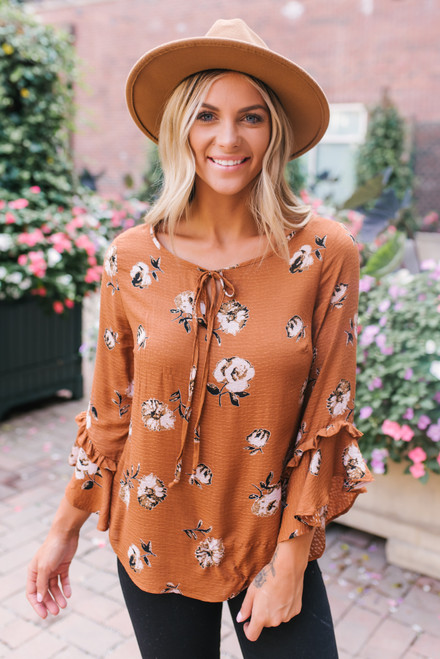 Everly Ruffle Sleeve Tie Front Floral Top - Camel Multi