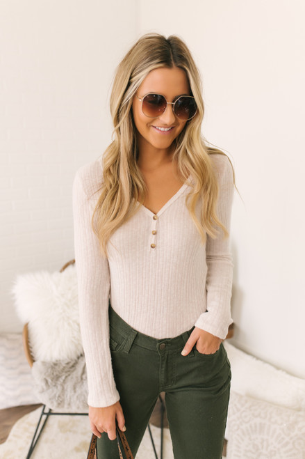 Everly Ribbed Henley Top - Cream