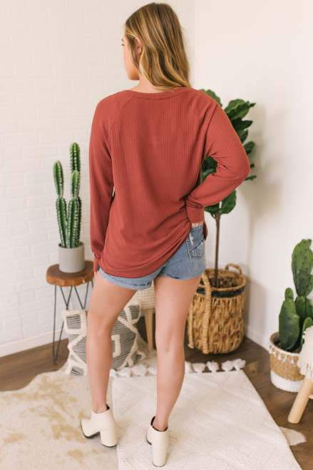 V-Neck Ribbed Knit Pocket Top - Rust