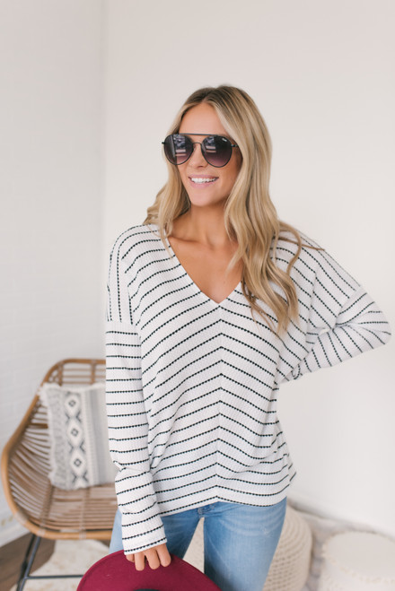 V-Neck Striped Textured Knit Top - White/Black  - FINAL SALE