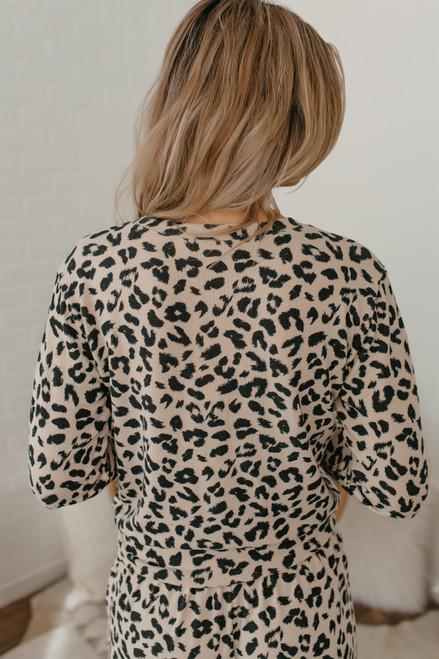 BB Dakota Cat Nap Leopard Pullover - Tan
