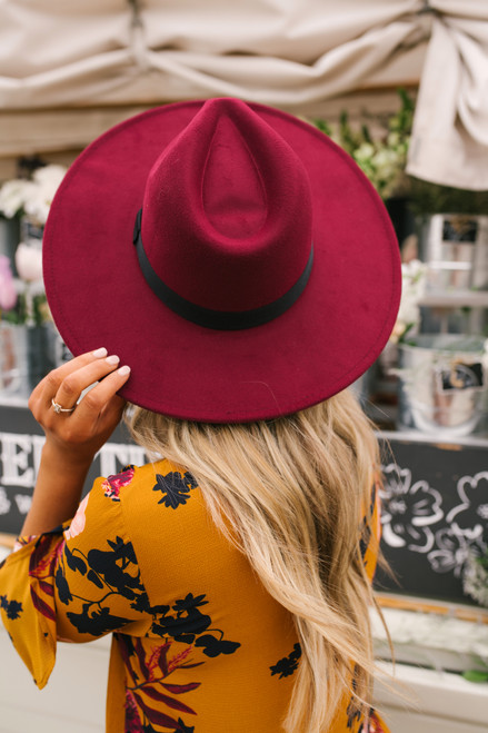 Wide Brim Hat - Burgundy/Black