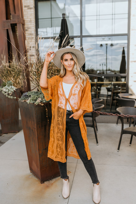 Scalloped Lace Kimono - Gold