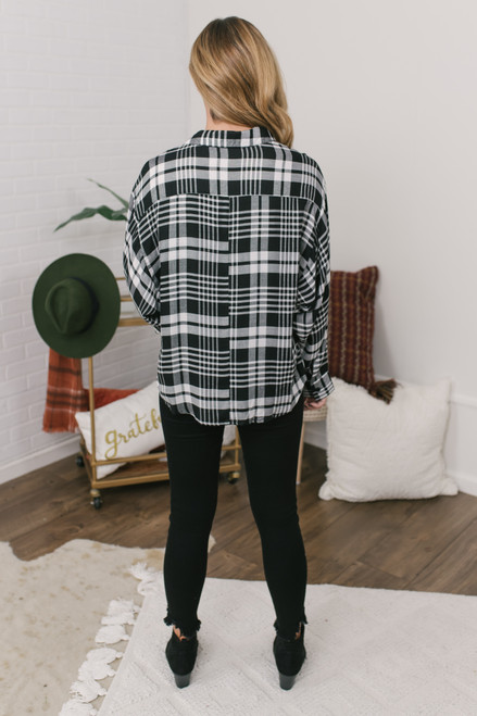 Button Down Plaid Shirt - Black/White