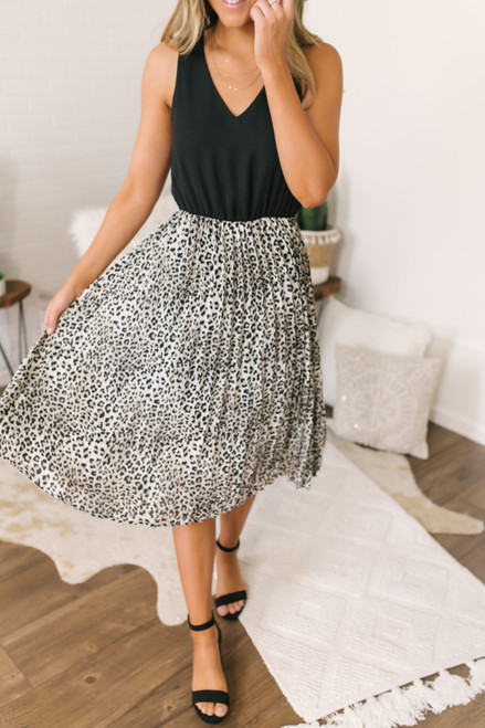 Everly V-Neck Pleated Leopard Dress - Black/Grey -  FINAL SALE