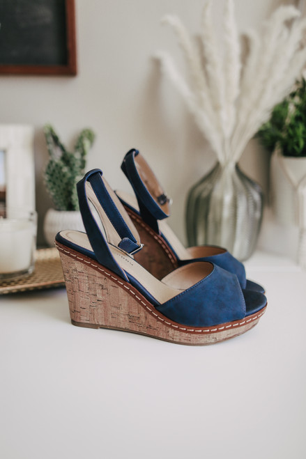 Chinese Laundry Booming Navy Wedges