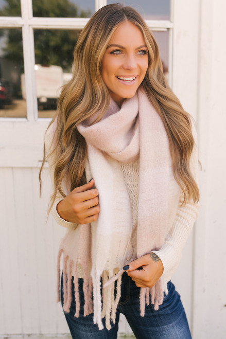 Checkered Cozy Oblong Scarf - Rose