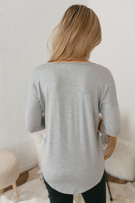 V-Neck 3/4 Sleeve Tee - Heather Grey