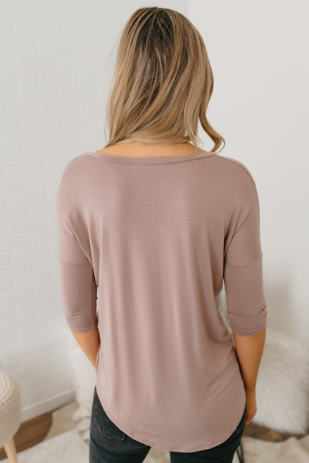 V-Neck 3/4 Sleeve Tee - Taupe