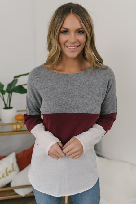 Curved Hem Colorblock Sweater - Grey/Burgundy/Ivory