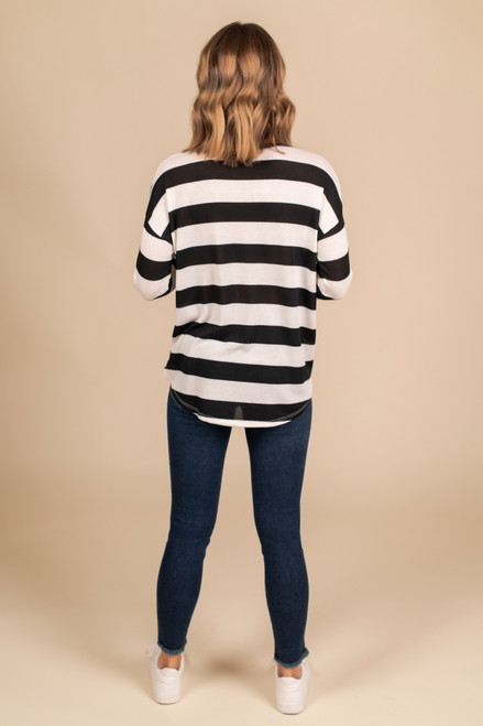 V-Neck Wide Stripe Top - Black/White