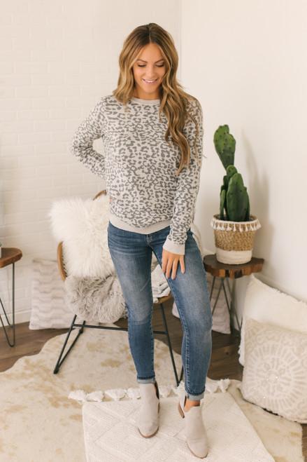 Crew Neck Leopard Sweater - Grey