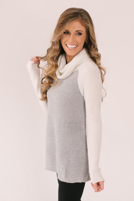 Turtleneck Colorblock Sweater - Ivory/Grey