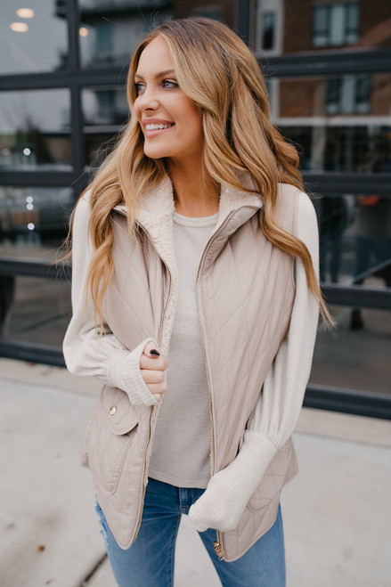 Reversible Quilted Sherpa Vest - Taupe