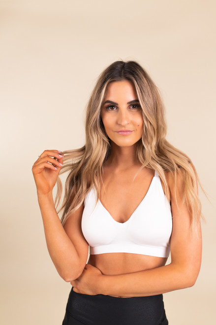 Seamless Cutout White Athleisure Bra