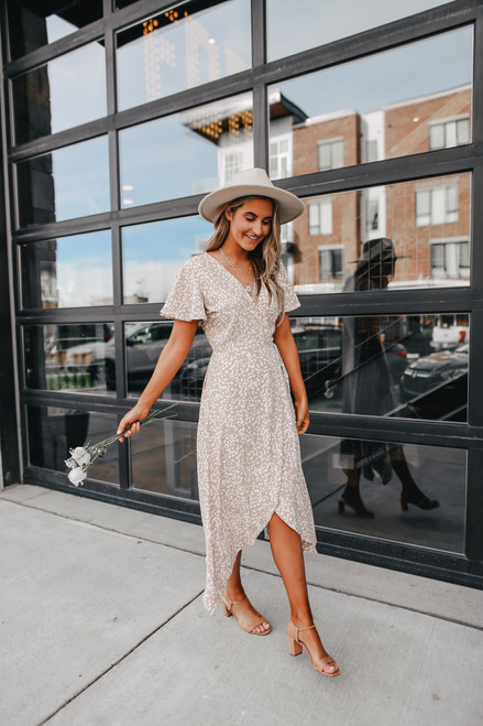 Everly Short Sleeve Natural Dotted Wrap Dress