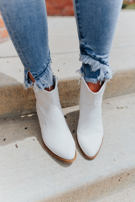 Chinese Laundry Unite White Western Booties