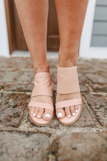 Chinese Laundry Cosmic Pink Slide Sandals