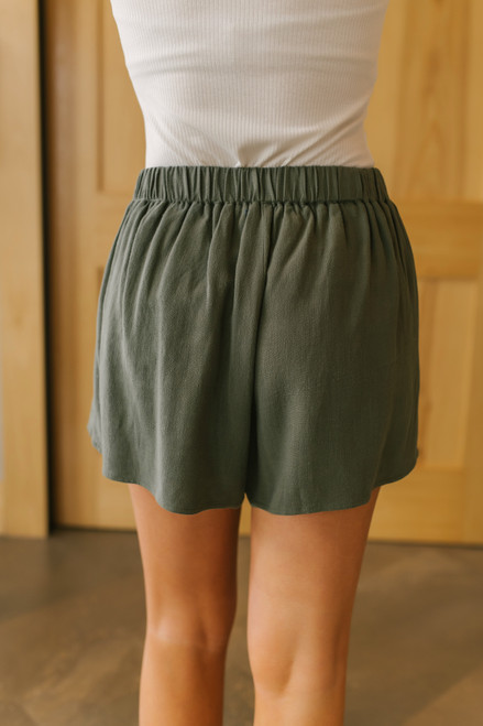 Tie Waist Olive Pleated Shorts