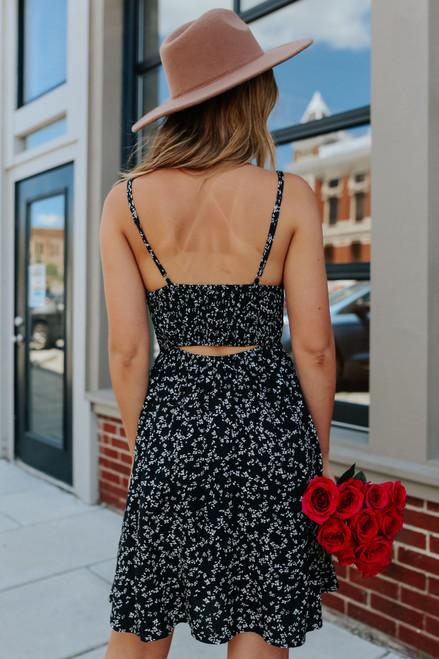 Open Back Sweetheart Black Floral Dress
