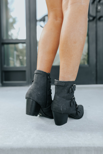 Matisse Charmer Western Buckle Boots