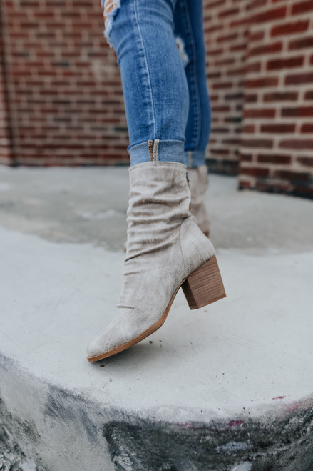 Very G Preston Cream Midi Booties