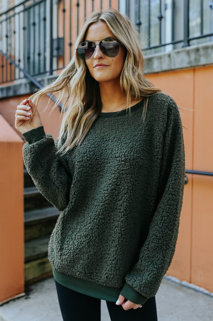 Cozy Committee Olive Wubby Pullover