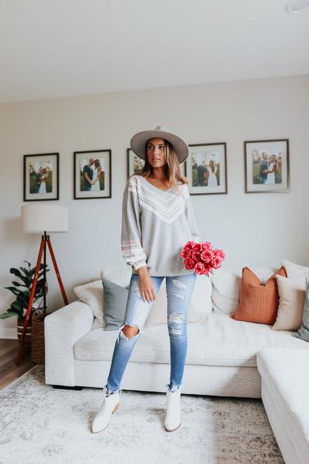 V-Neck Printed Grey Sweater