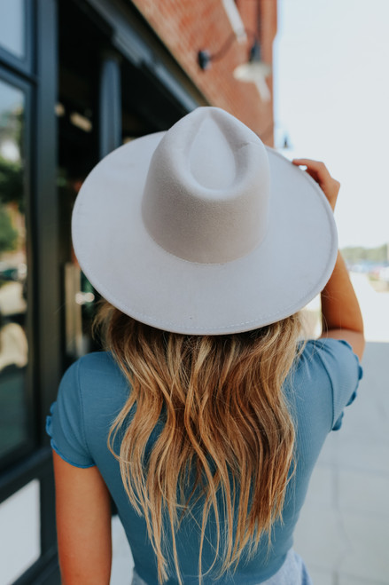 Amore Wide Brim Grey Hat