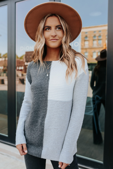 Metropolis Charcoal Colorblock Ribbed Sweater